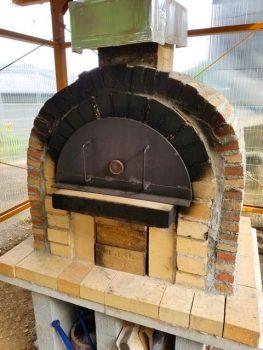 じゅんぼうさんのピザ窯