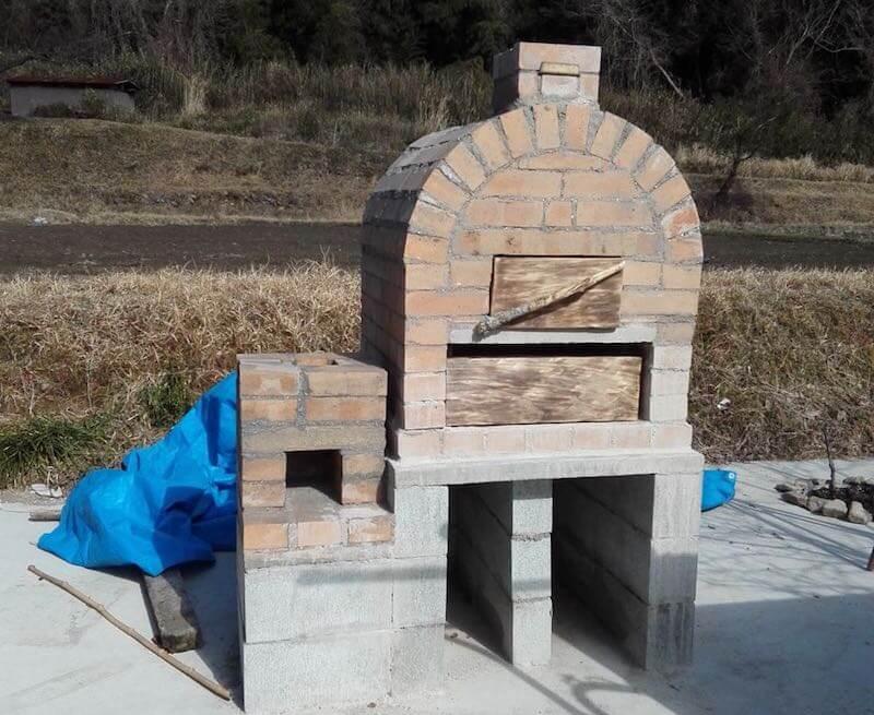 藤本さんのピザ窯