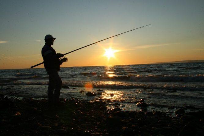 fishing-1873049_1280