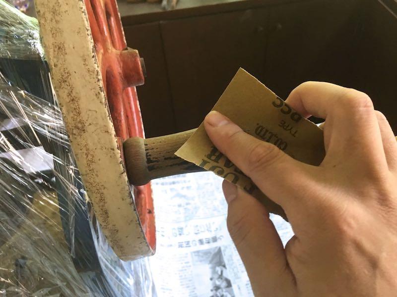 かき氷機ハンドル磨き2