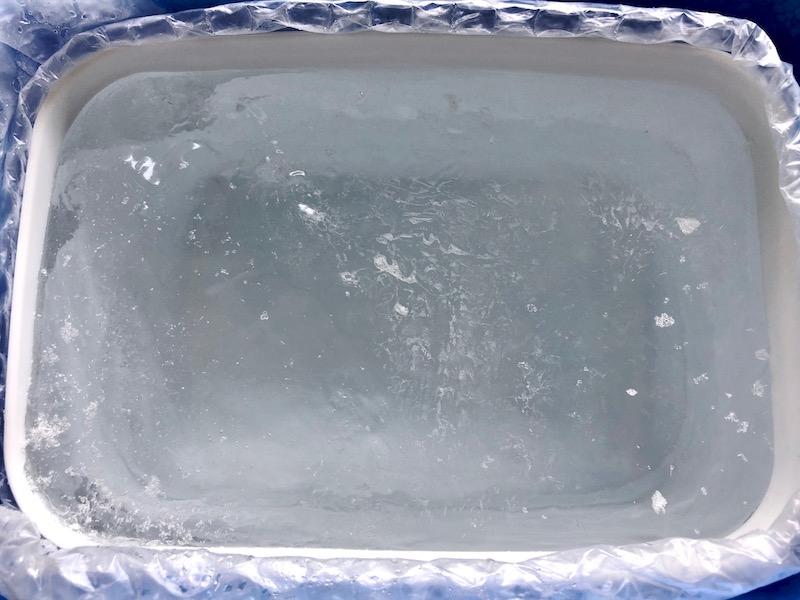 透明な氷の作り方16