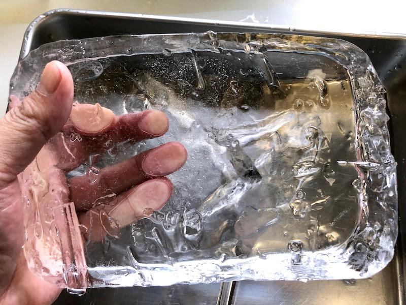 透明な氷の作り方14