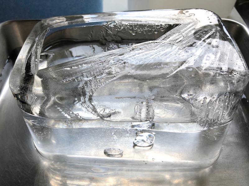 透明な氷の作り方17