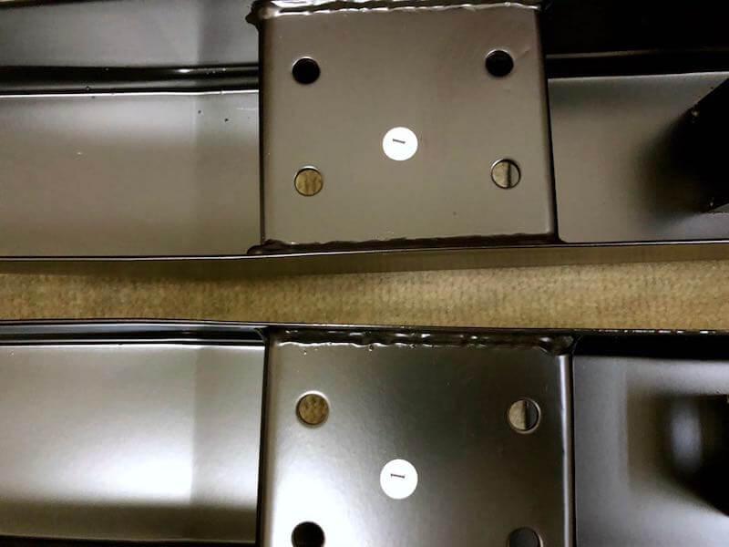 タンスのゲンのガス圧式スタンディングデスクの組み立て8