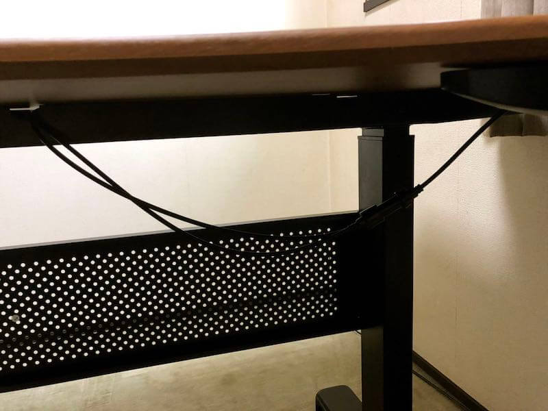 タンスのゲンのガス圧式スタンディングデスクの組み立て21