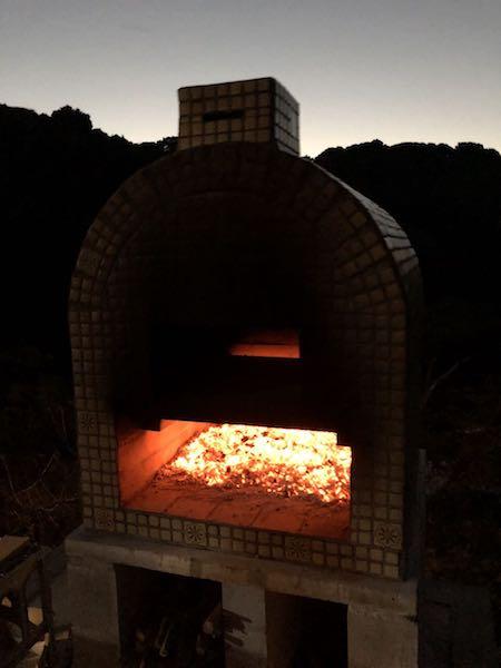 ピザ窯でのピザの焼き方26