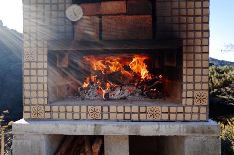 ピザ窯でのピザの焼き方4