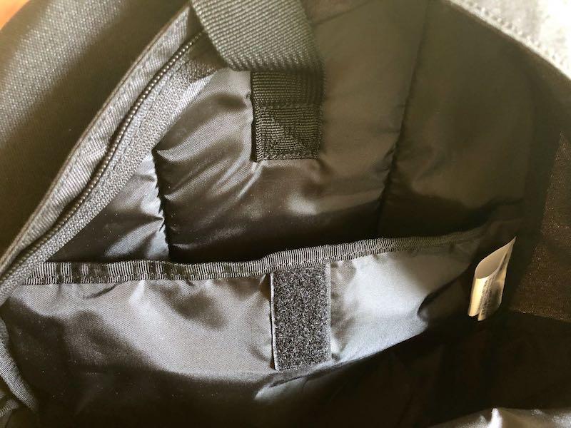 無印良品肩の負担を軽減するPCポケット付きリュックサック5