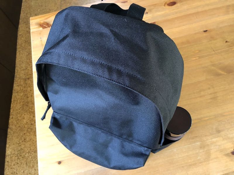 無印良品肩の負担を軽減するPCポケット付きリュックサック10