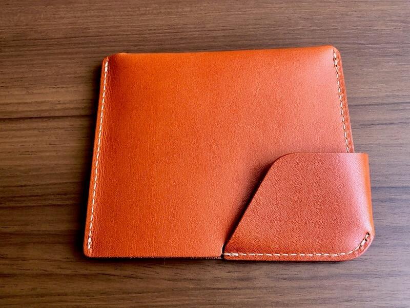 薄くて大容量の二つ折り財布HUKUROのJITAN5