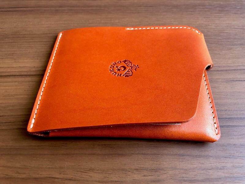 薄くて大容量の二つ折り財布HUKUROのJITAN4