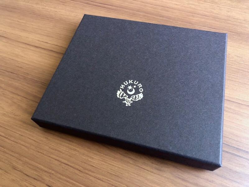 薄くて大容量の二つ折り財布HUKUROのJITAN1
