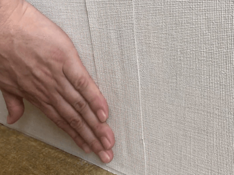壁紙の破れの補修5