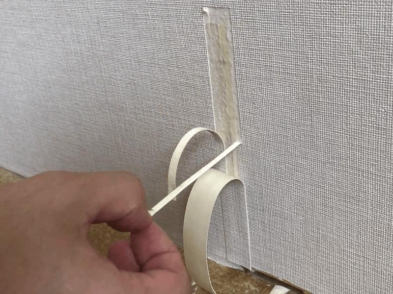 壁紙の破れの補修8