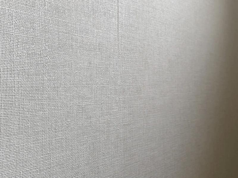 剥がれた壁紙補修完了