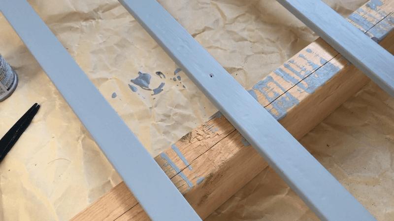 巾木色塗り終わり