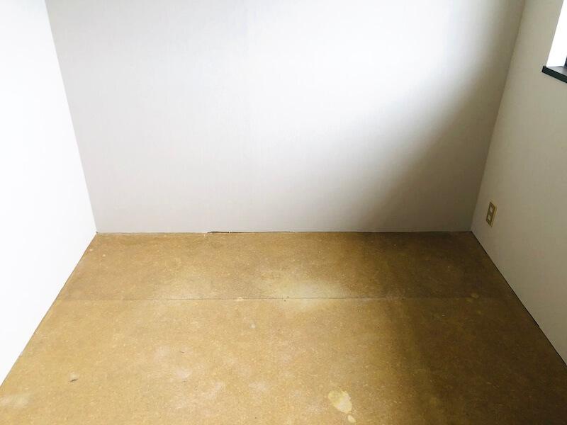 床を貼る部屋