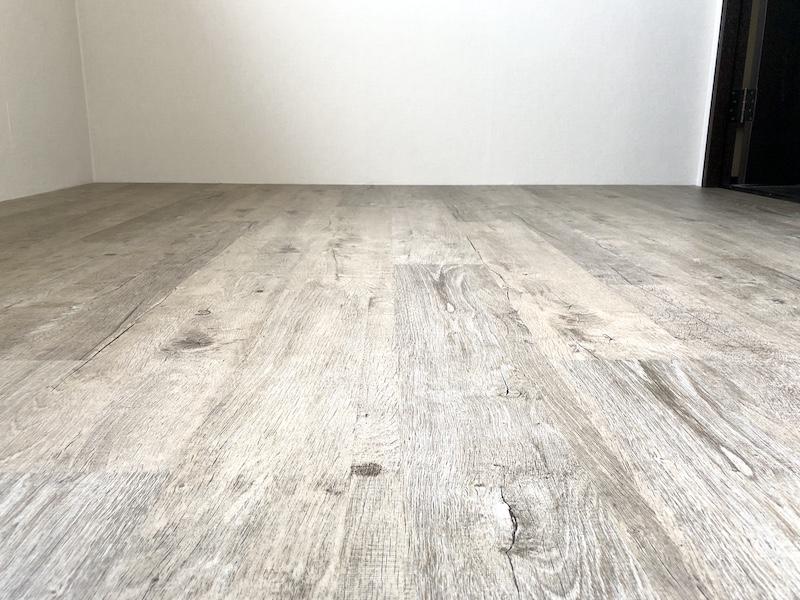 クリックフロアを貼った床