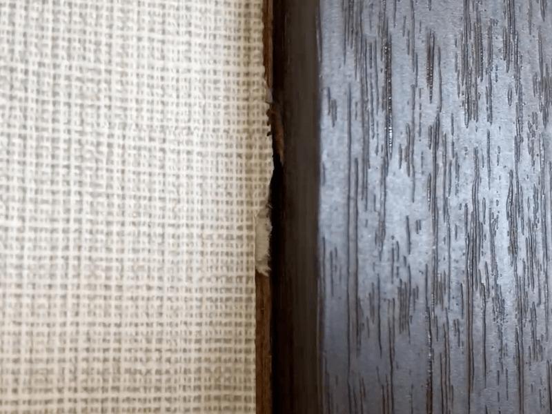壁紙ドア枠カット